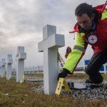 Exhumaron los cuerpos de 21 soldados sepultados en Malvinas