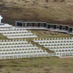 El Gobierno recibe en Ginebra el informe de identificación de las 121 tumbas de Darwin
